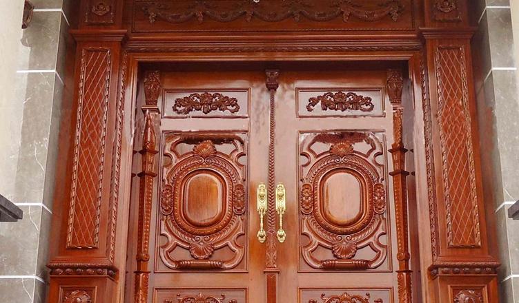 Thợ sơn cửa gỗ tủ kệ gỗ tại Hà Nội