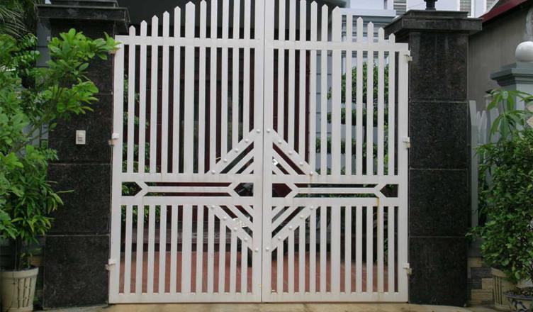 Thợ sơn sắt, báo giá sơn cửa sắt trọn gói tại Hà Nội