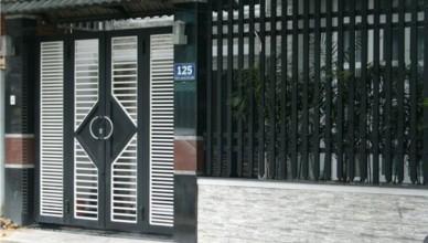 Thợ sơn cửa sắt trọn gói giá rẻ
