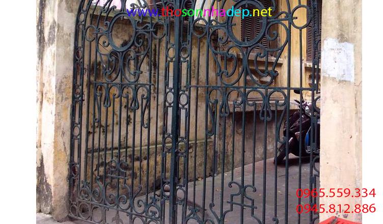 sơn cửa sắt tại nhà
