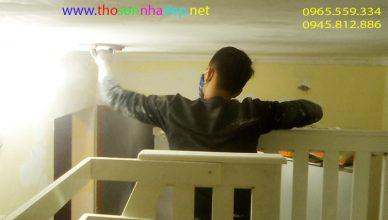 thợ sơn nhà tập thể